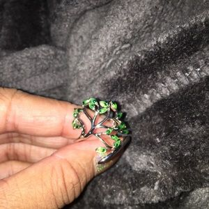 Jewelry - Sterling silver leaf ring adjustable to size
